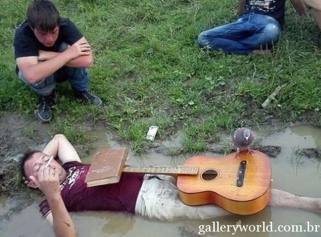 locuras-acampar-borrachos-18